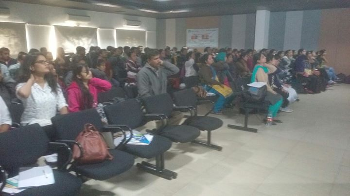 While we Keep treating Spine Patients, Dr. Disha Shah taking Ergonomics Workshop to Prevent Spine Issues for more than 150 Doctors from Gujarat... #MissionHealth #SupetSpecialitySpineClinic #Ergonomics More than 5,00,000 people educated by Mission Health team...