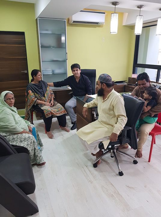 Mrs. Fatimaben from Maharashtra came to Mission Health Ahmedabad on a Wheelchair after suffering from Spinal Cord pathologies before few months,  Its time to say Bye to Happy family as She can walk 30 minutes without support... Above all She is Going back to home Able & Independent...Kudos to Neuro Rehab team of Mission Health Ability Clinic...Keep transforming Life of people...  #MissionHealth #AbilityClinic #NeuroRehab #Neuroplasticity #SpecialisedTeamOfNeuroPhysios #RoboticsInNeuroRehab   #MovemntIsLife  www.missionhealth.co.in