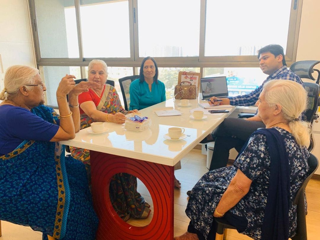 Janha char yaar....when these 4 friends above 75 years age decided to fly all the way from London to Mission Health, Ahmedabad for Physiotherapy & Rehabilitation...Quality of Life matters...